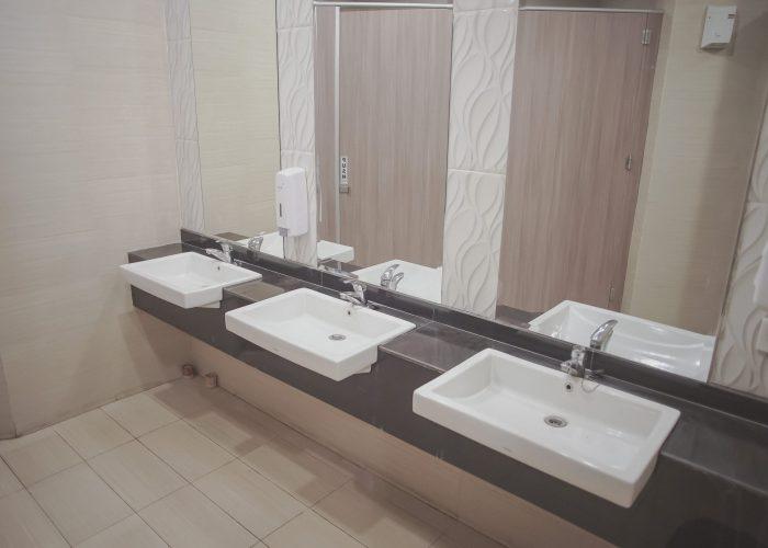 Toilet Papandayan Ballroom Tambun