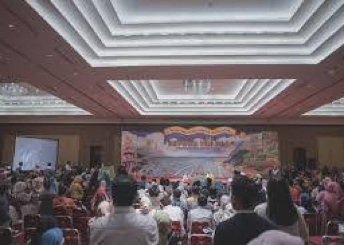 Crowd di Grand Galaxy Convention Hall